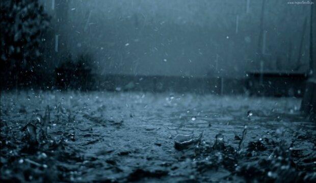 Deszcz/YouTube @Machony